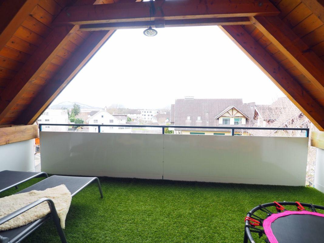 geschützter Balkon im Dachgeschoss