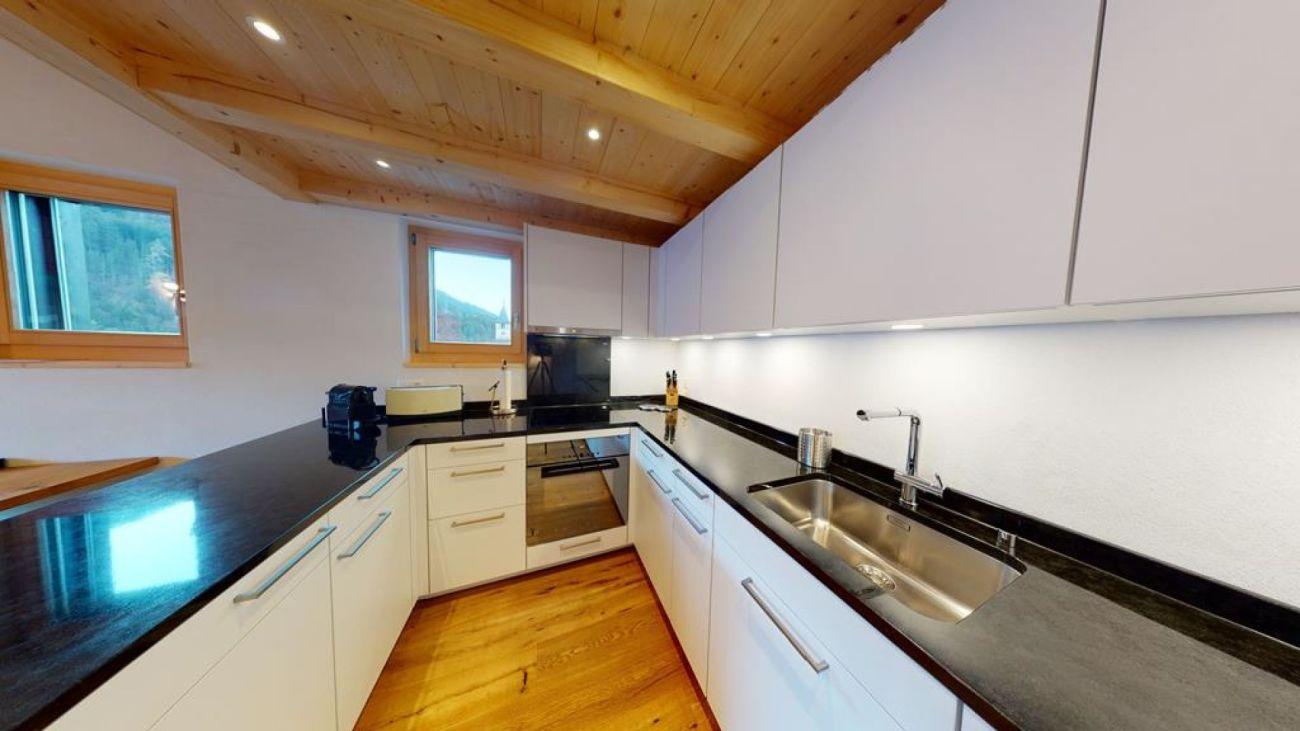 3.5-Zimmer-Dach-Erstwohnung an sonniger Lage