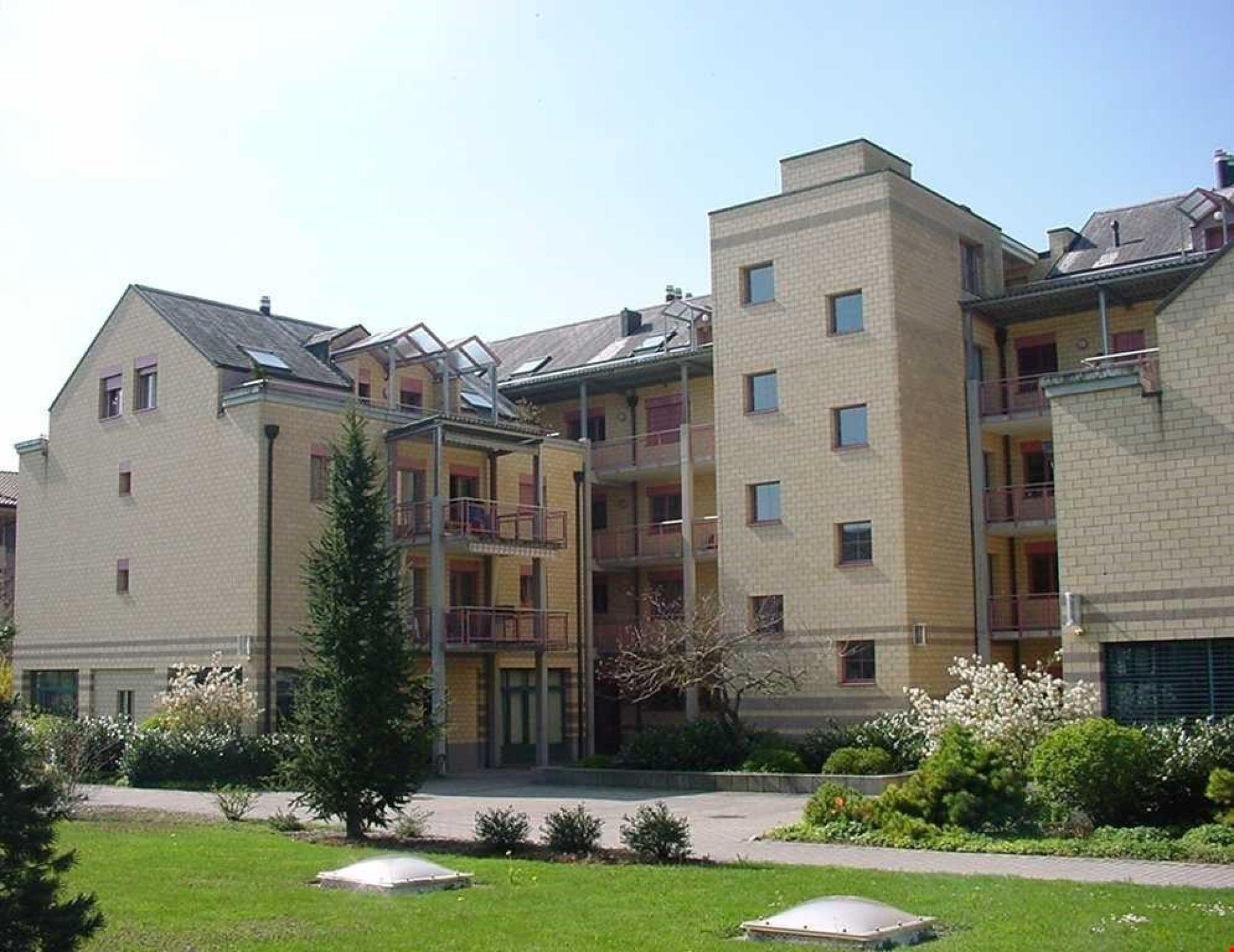 Mietwohnung mit sonnigem Balkon und Bergsicht