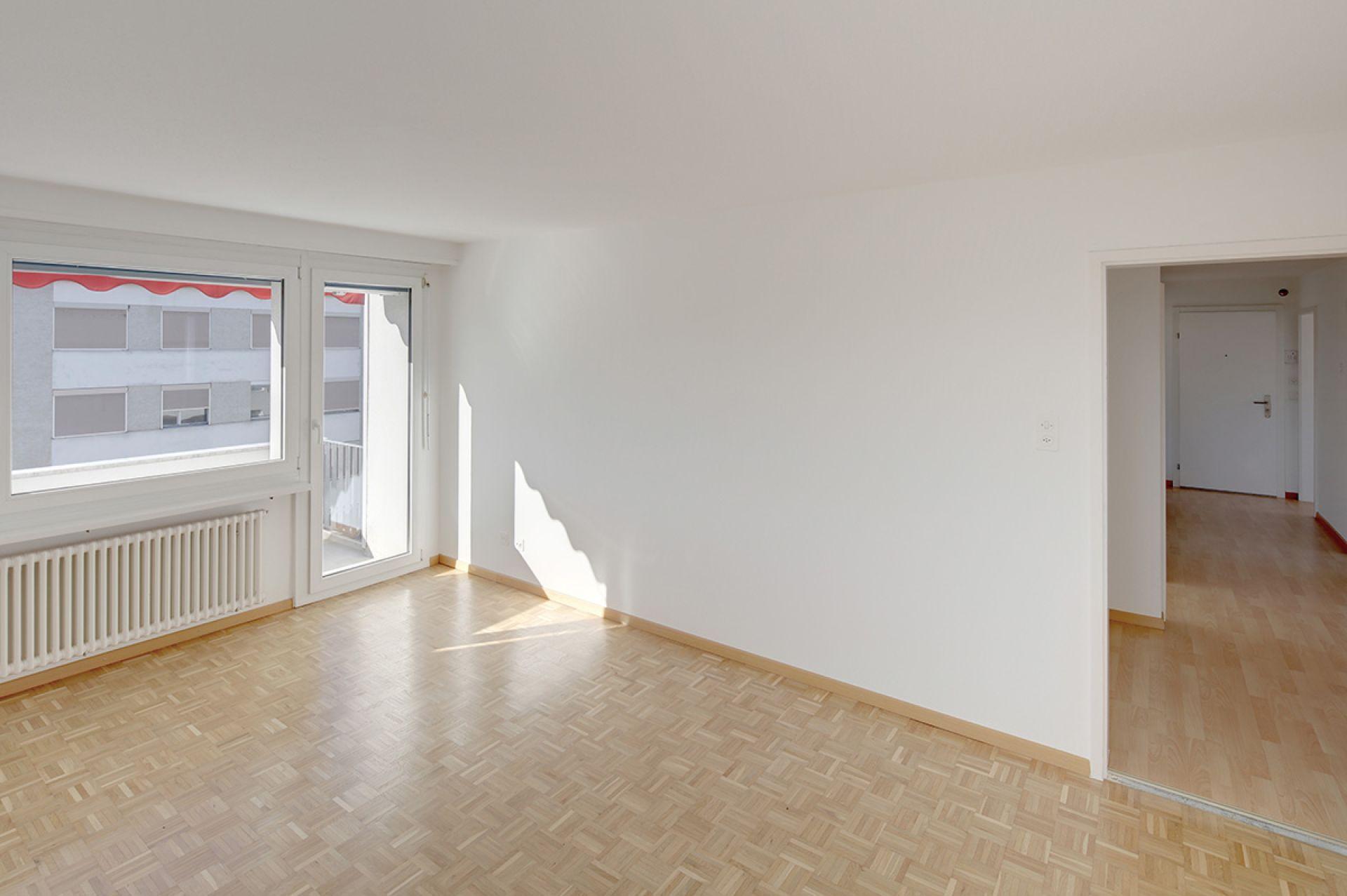 Miete: praktische, helle, schöne Wohnung