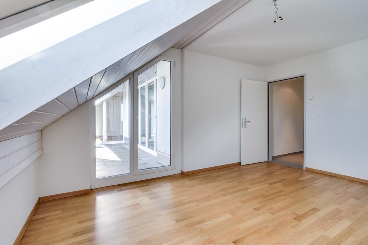 4.5-Zimmer-Wohnung_DachgeschossMueliwiesstrasse_69_in_Zell_ZH_20.jpg