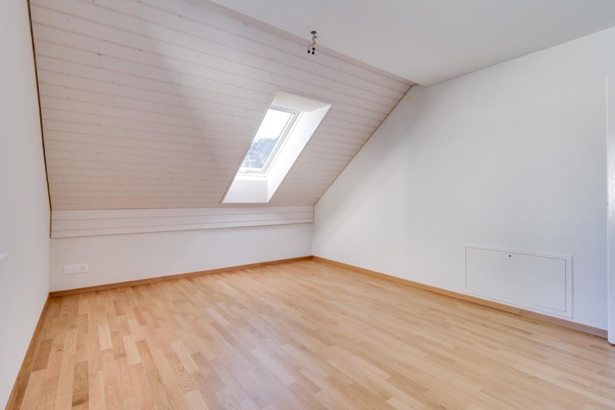4.5-Zimmer-Wohnung_DachgeschossMueliwiesstrasse_69_in_Zell_ZH_08.jpg