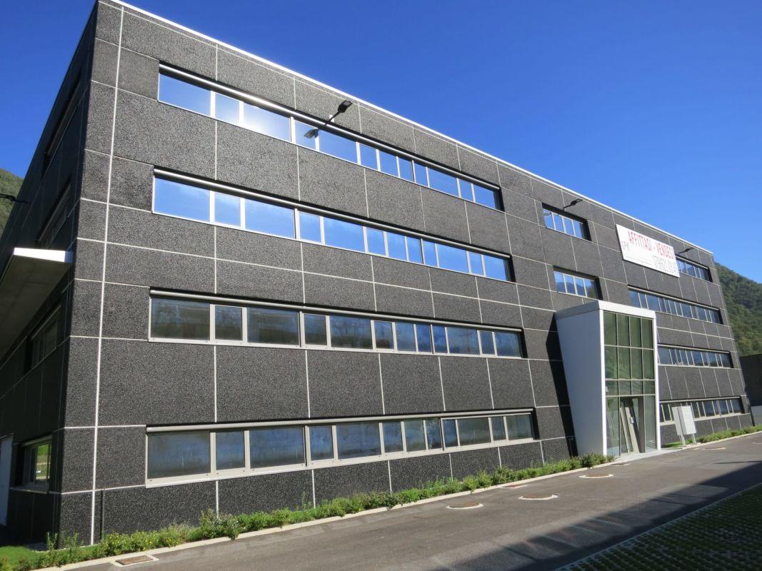 Superfici commerciali/uffici da 150 a 1'200 mq