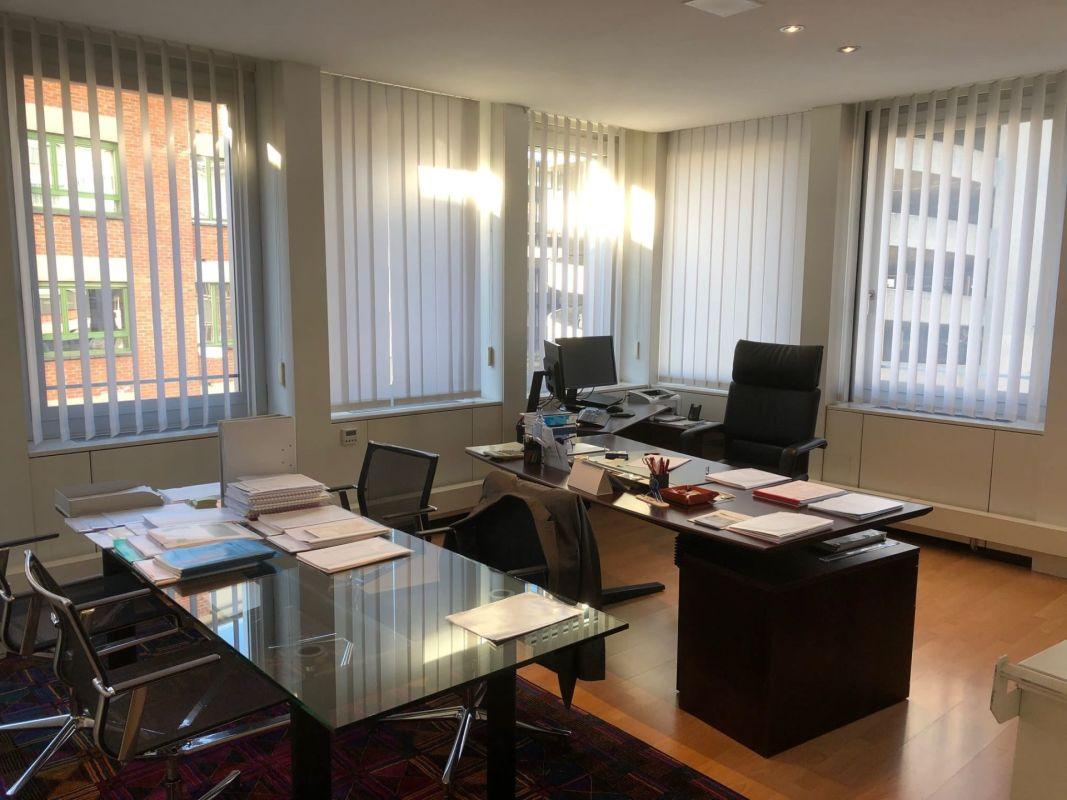 Uffici frazionabili vis-a-via l'autosilo di Lugano
