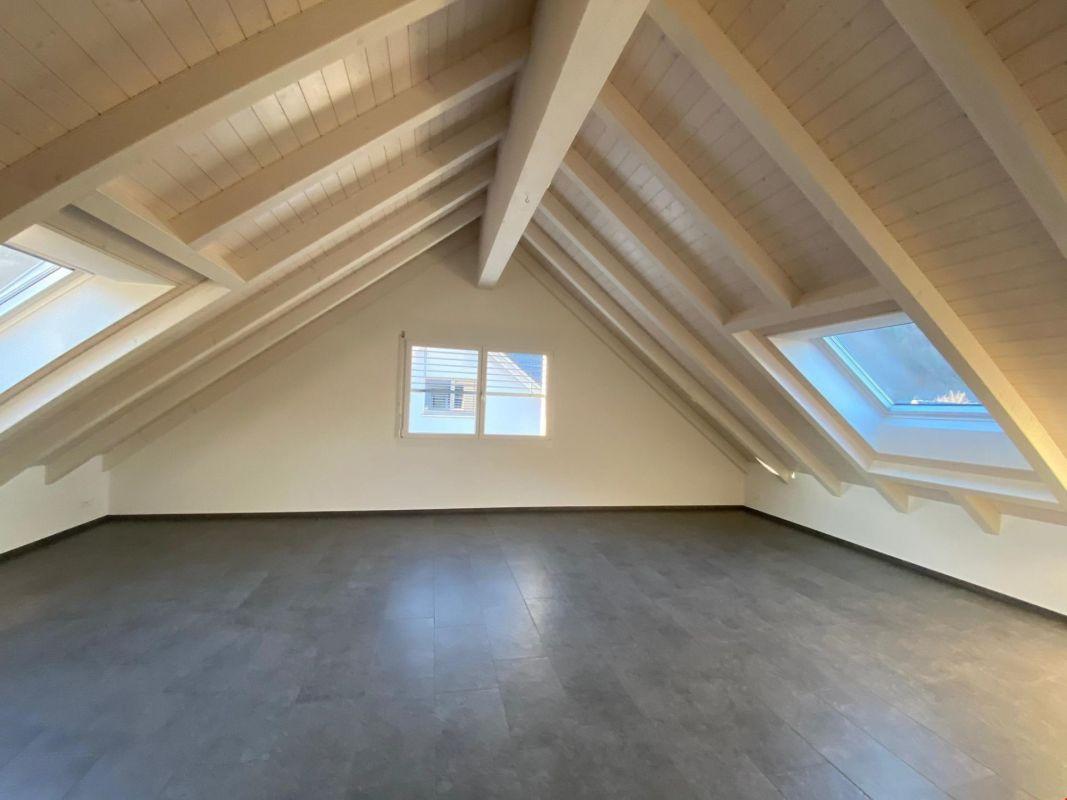 3.5 Zi-Maisonette-Dachwohnung in neuer Überbauung