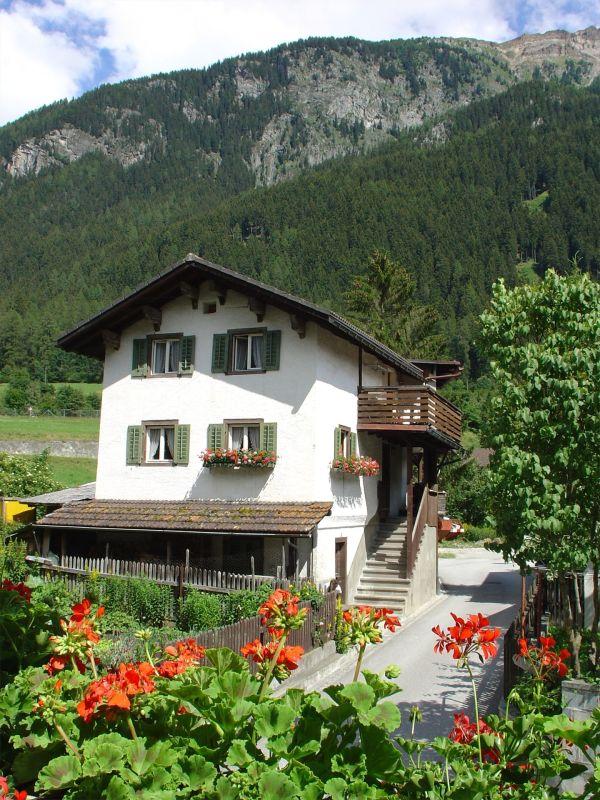 West-Fassade