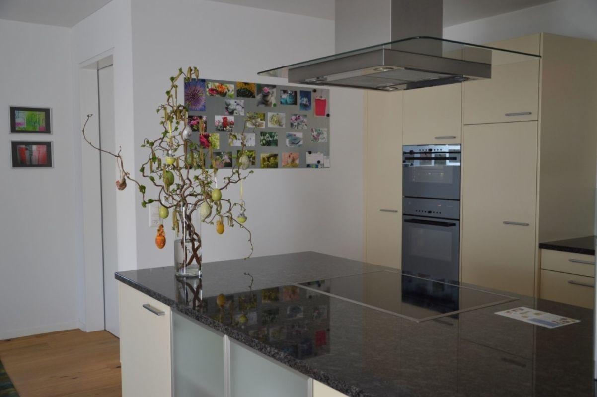 Küche aus Blickwinkel Wohnbereich