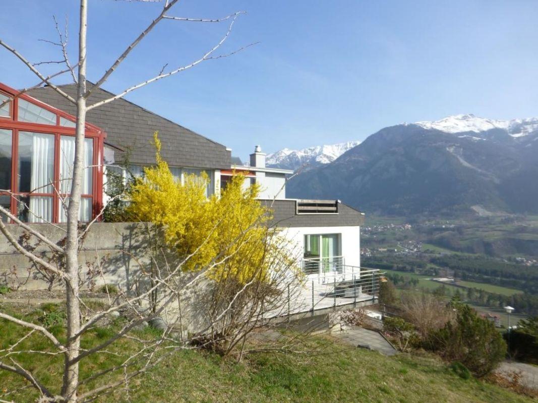 Im Herzen von Graubünden - Thusis  - Wohnhaus mit herrlichem Ausblick