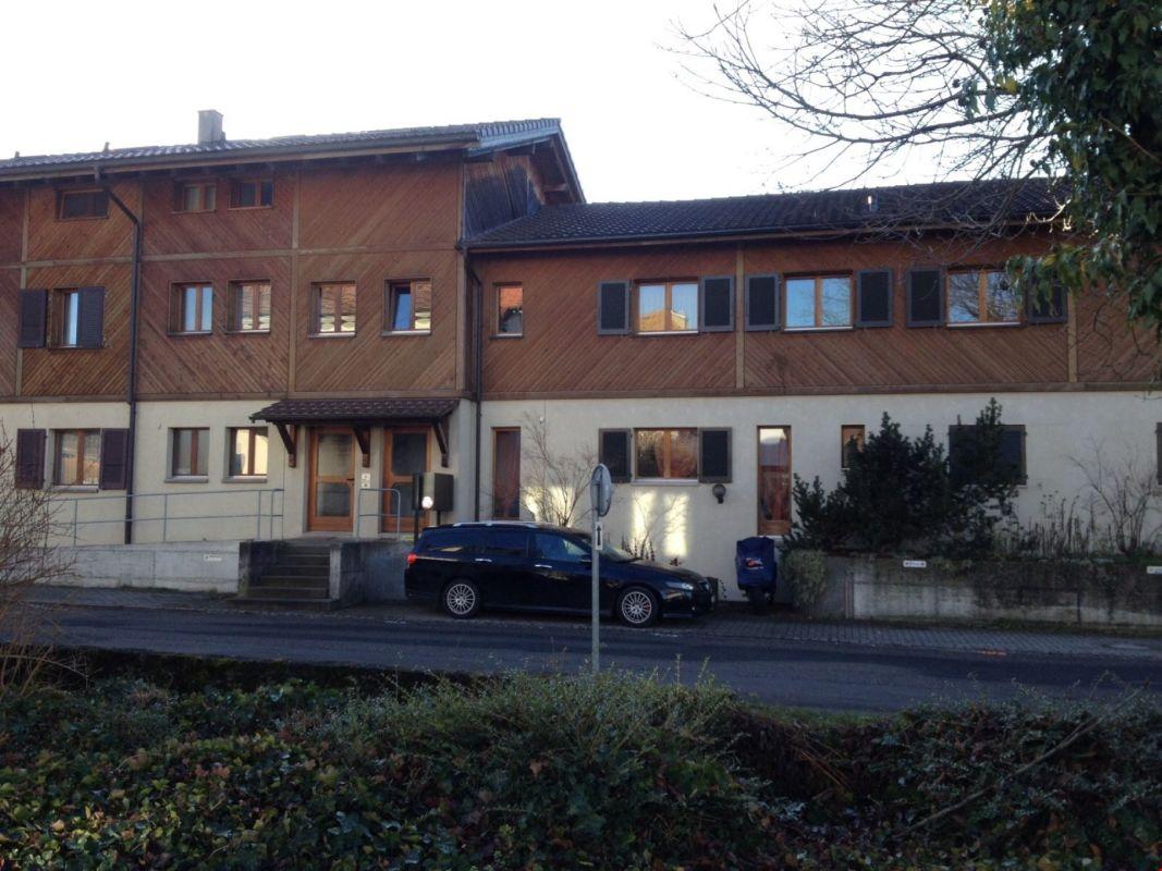 RENDITEOBJEKT - Zwei zusammengebaute Mehrfamilienhäuser à 3 Wohnungen