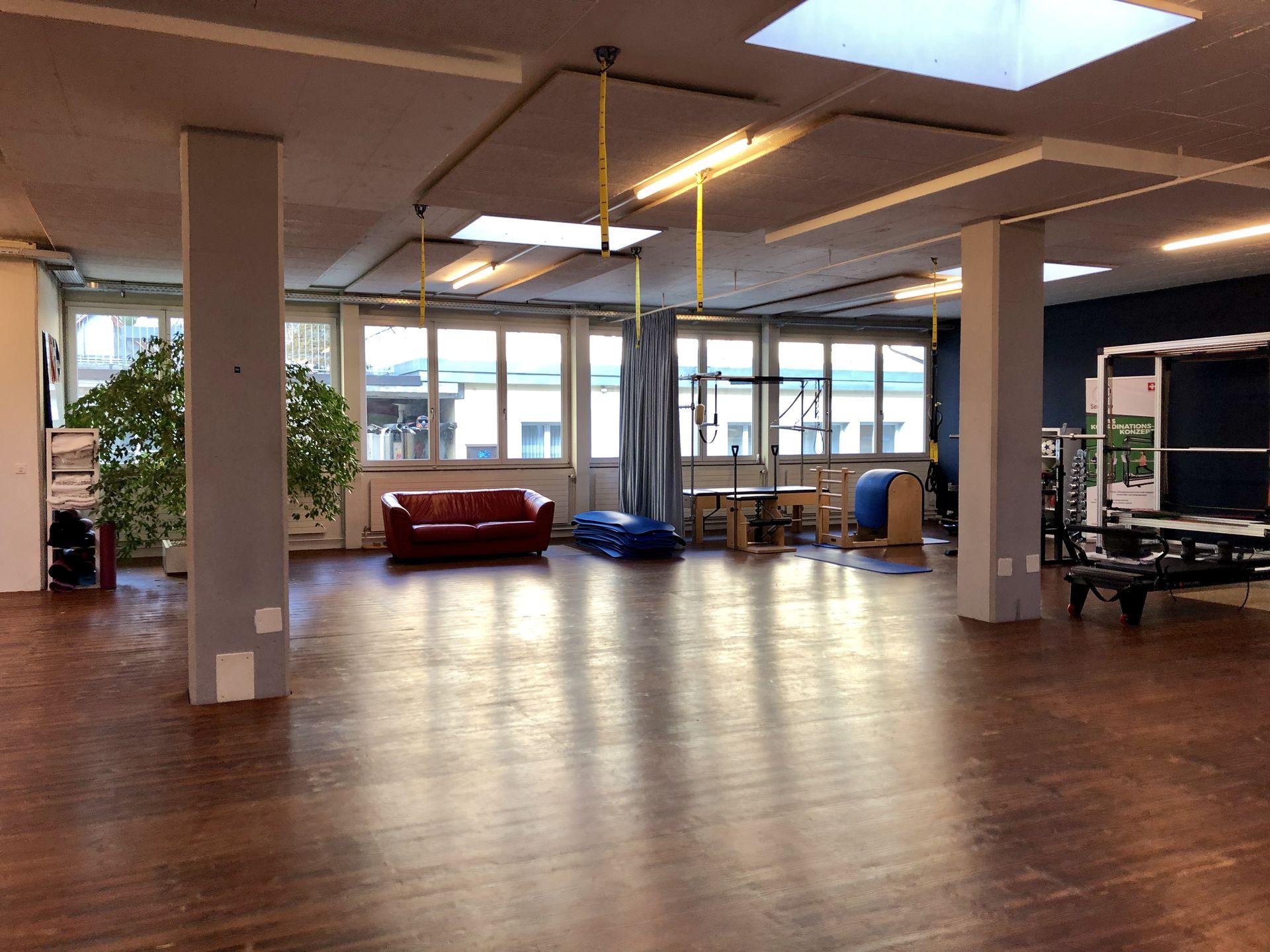 Miete: attraktive Büro und Gewerbe-Räumlichkeiten