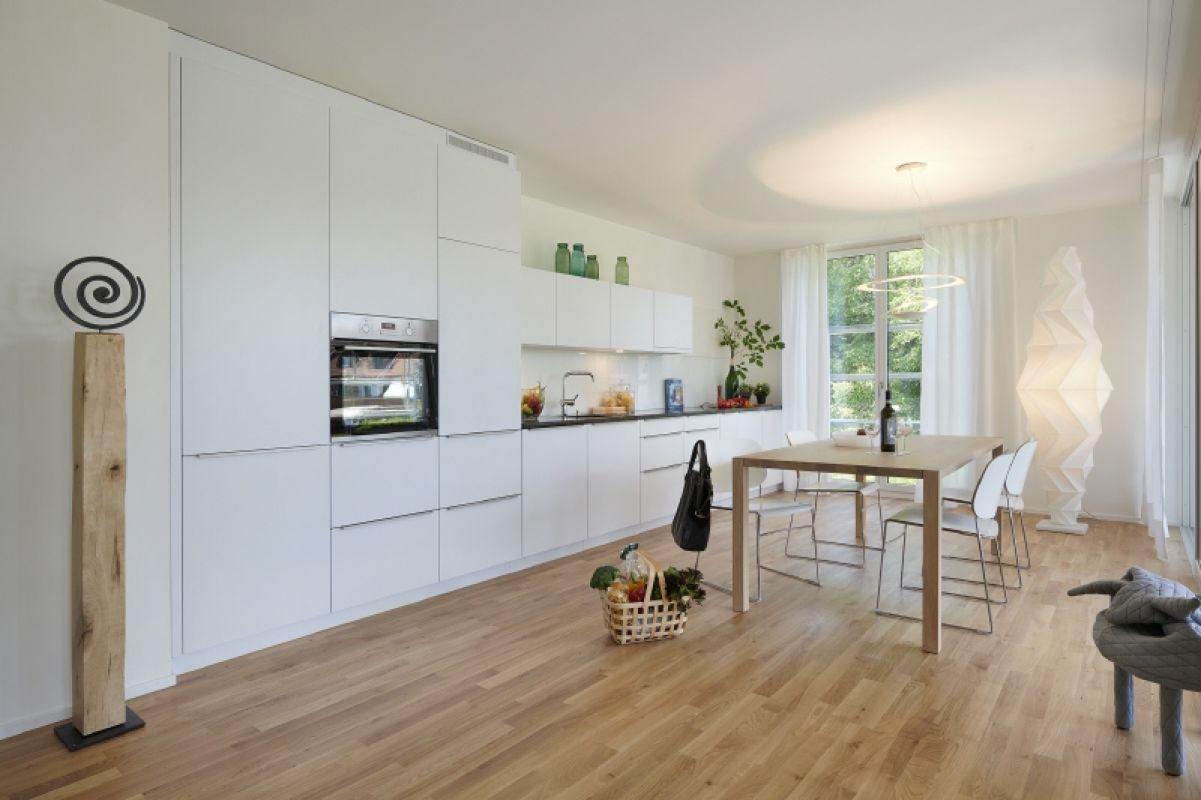 Küche und Essbereich (Musterwohnung-Miete)
