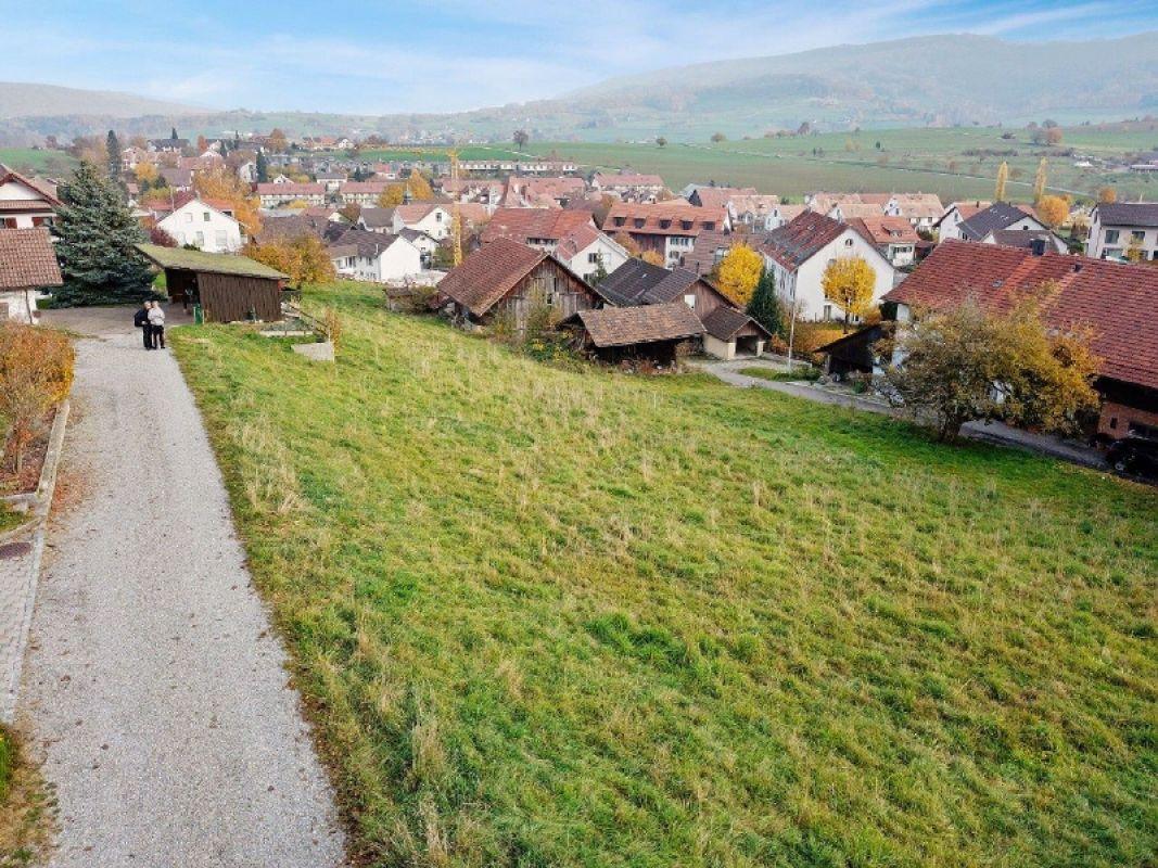 Grundstück Sicht ins Dorf