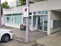 Multifunktionale Gwerblerfläche mit 90 m2 Büro- und 240 m2 Lagerplatz