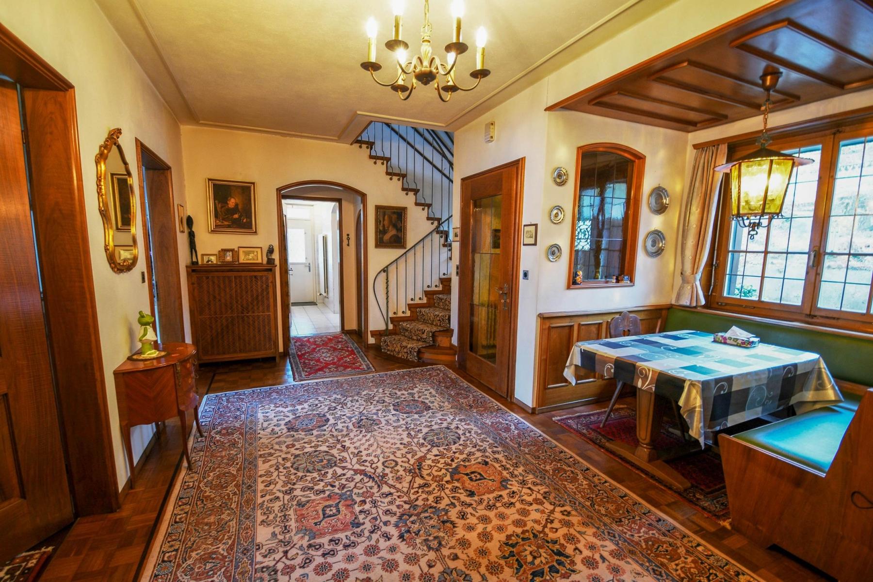 Kauf: Landhaus Villa mit grossem Grundstück an Traumlage