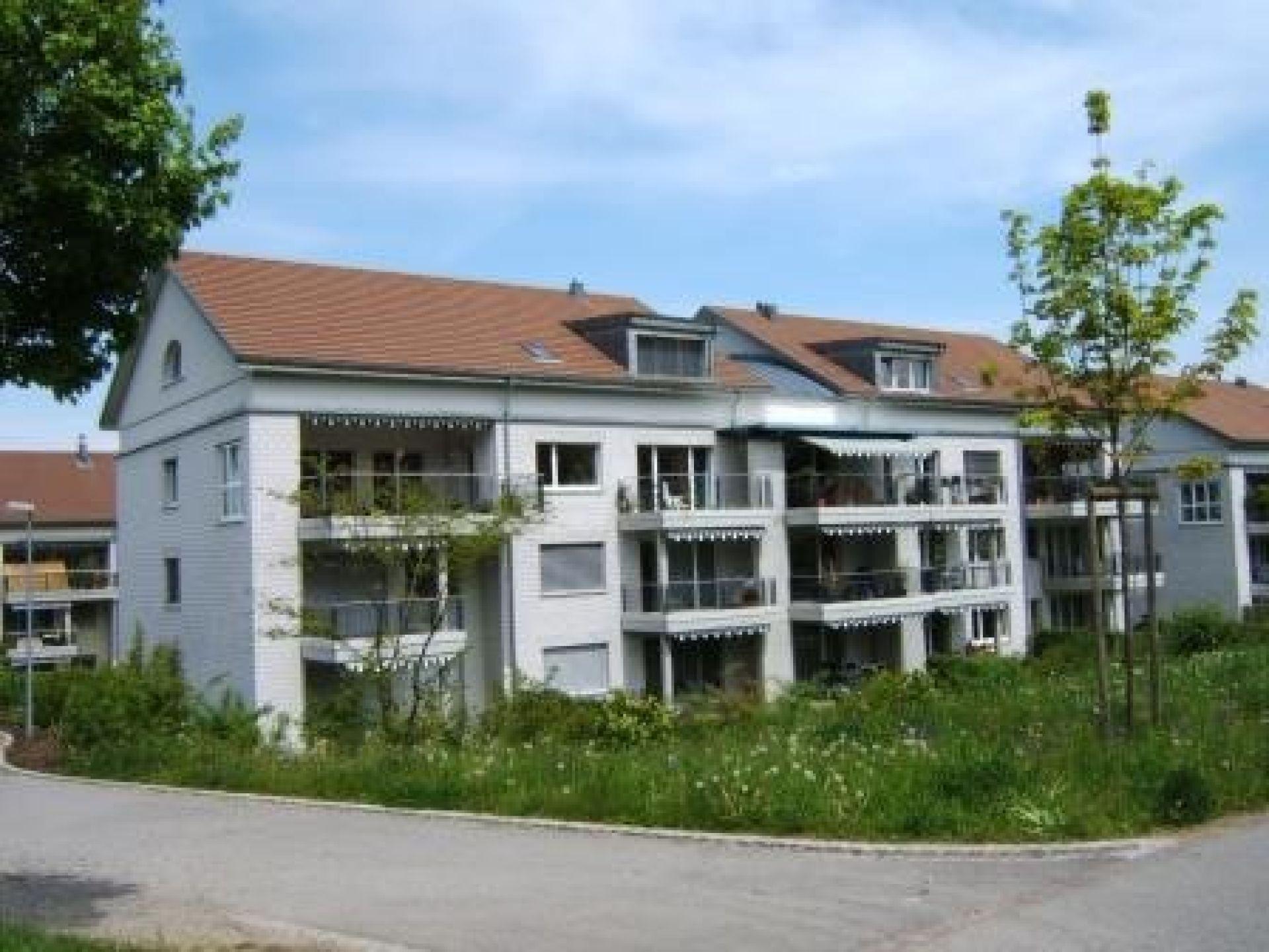Miete: Schöne Wohnung mit Balkon in ruhigem Wohnquartier