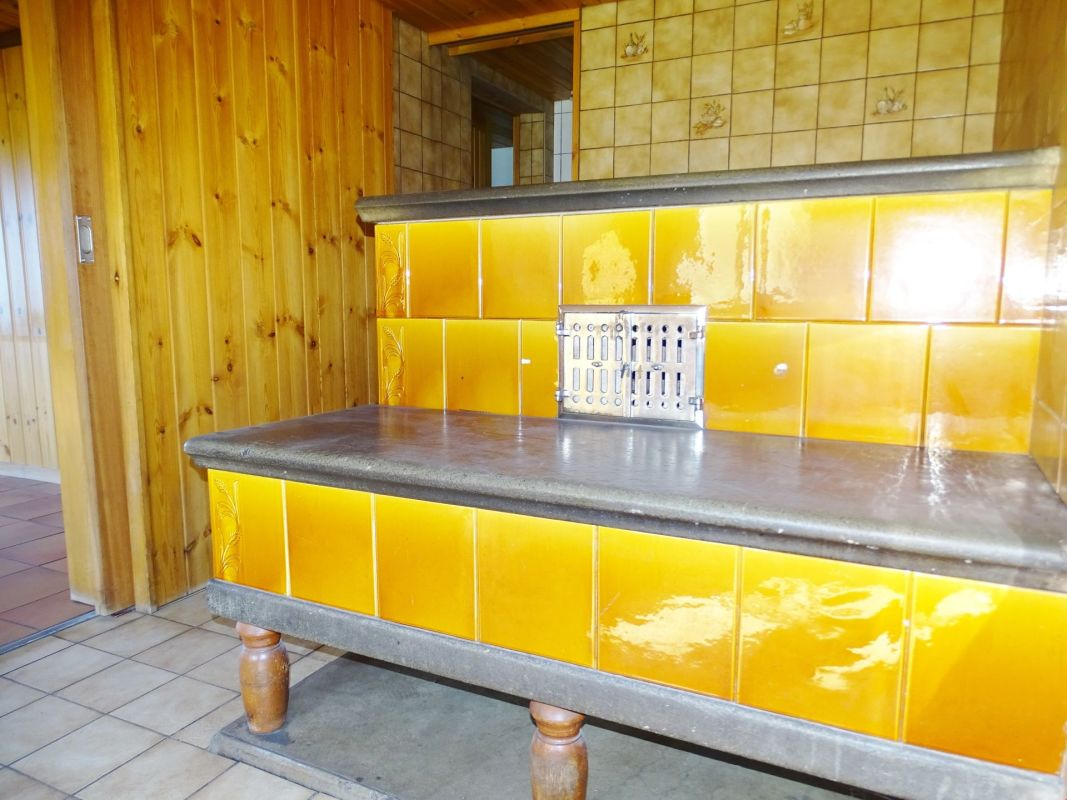 Idyllisch gelegen: 7.5-Zi-Bauernhaus mit grosser separater Werkstatt