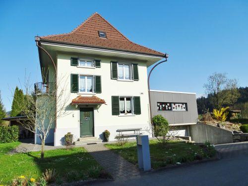 Herrschaftliches 5.5- bis 6.5-Zi-Landhaus an bester Lage in Langnau