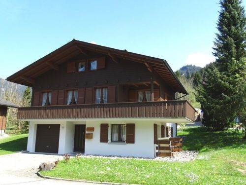 Mitten im Ski- und Wandergebiet von Marbach!