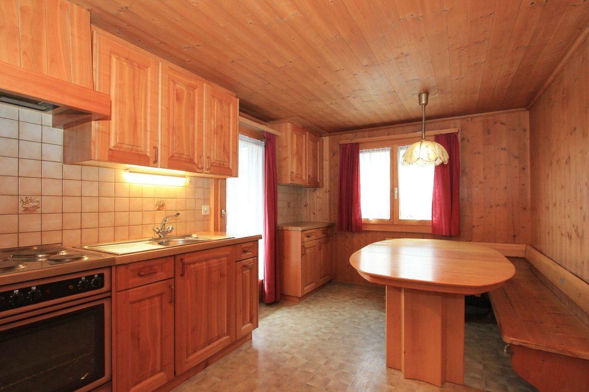 Einfamilienhaus mit Werkstatt, Saas