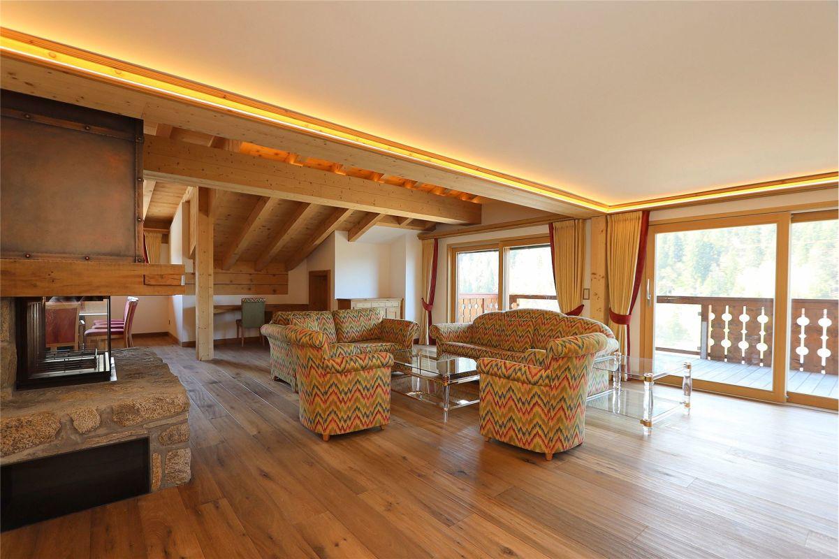 4½-Zimmer-Maisonette-Wohnung im Dachgeschoss