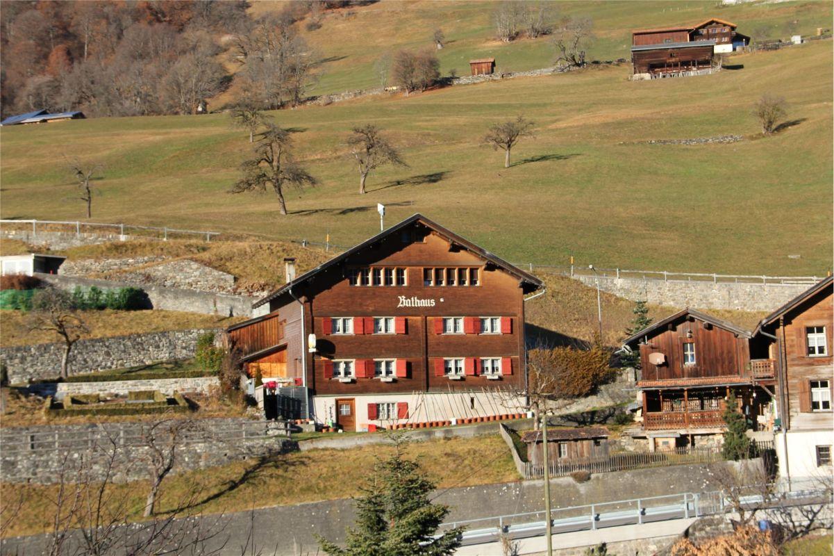 Rathaus Luzein - Restaurant mit Wirtenwohnung und separaten Büroräumen