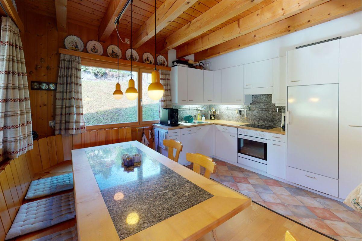 Essbereich und Küche - 4 ½ Zimmerwohnung