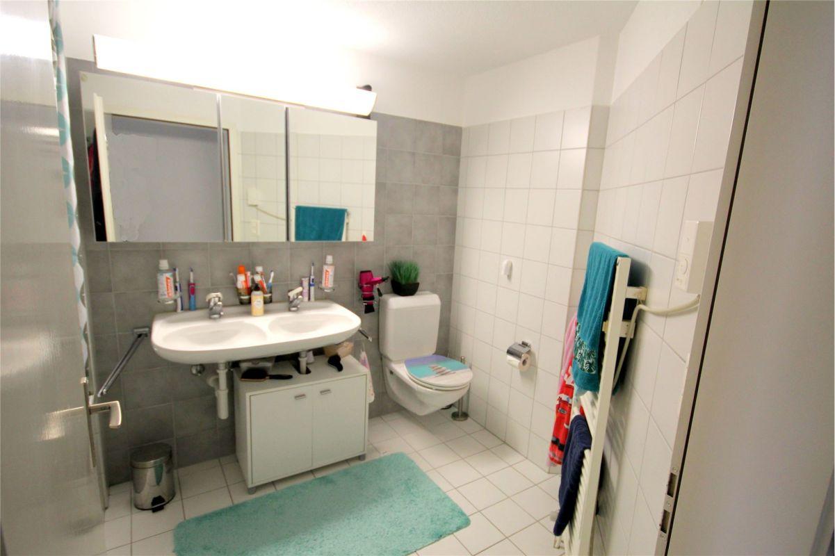 Badewanne, Doppellavabo, WC