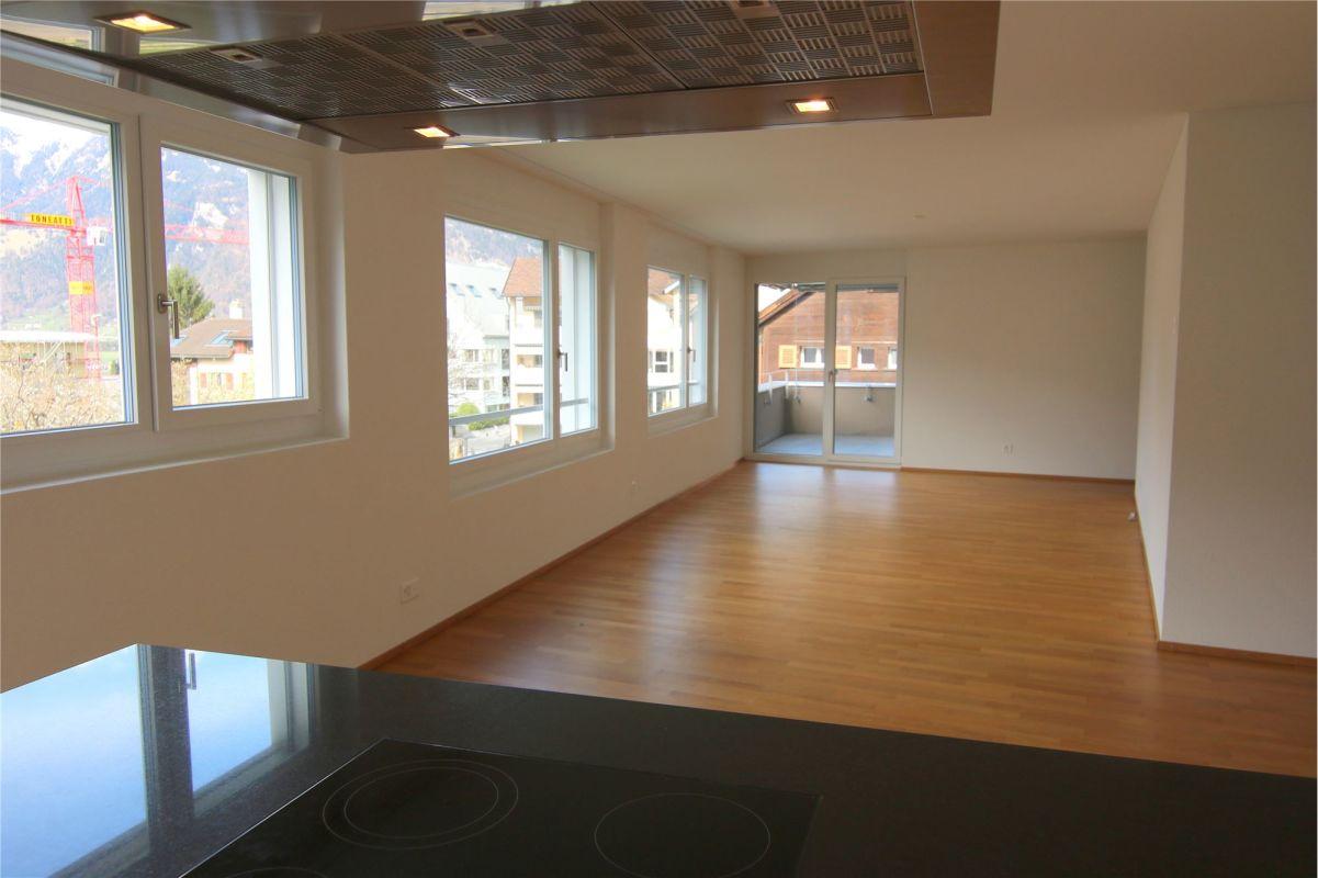 Moderne und helle 3.5 Zimmerwohnung in Igis