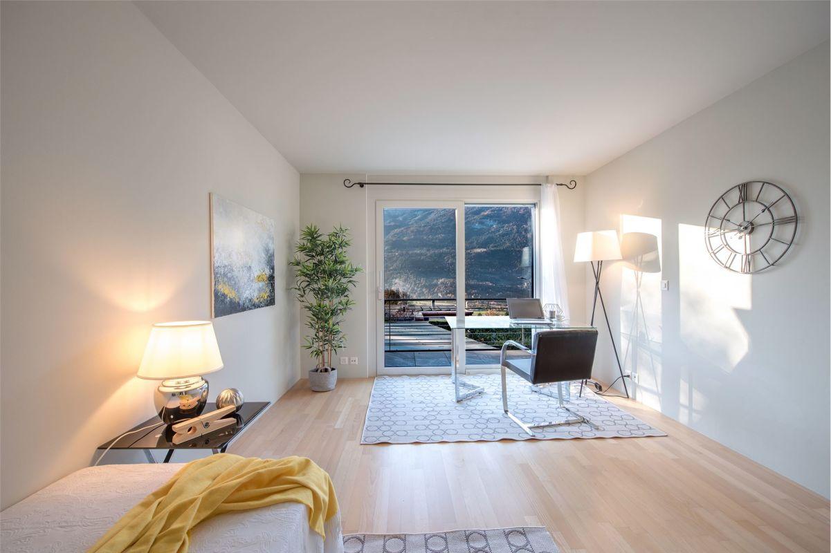 Büro/Zimmer im Obergeschoss mit Balkon