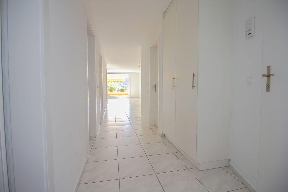 - Lichte Eingangsbereich