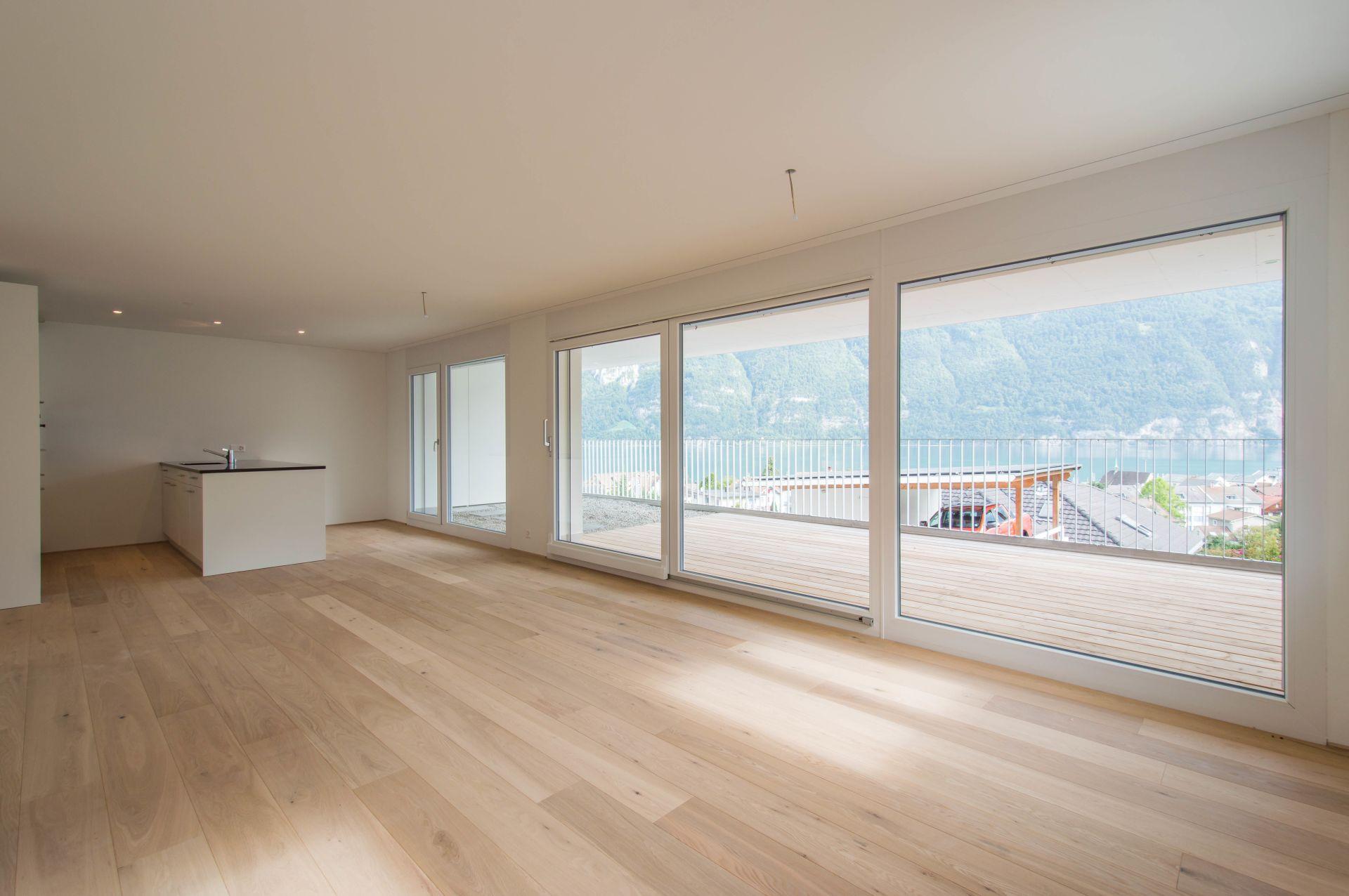 Miete: Attraktive Wohnung mit toller Aussicht in der Residenz Seeblick