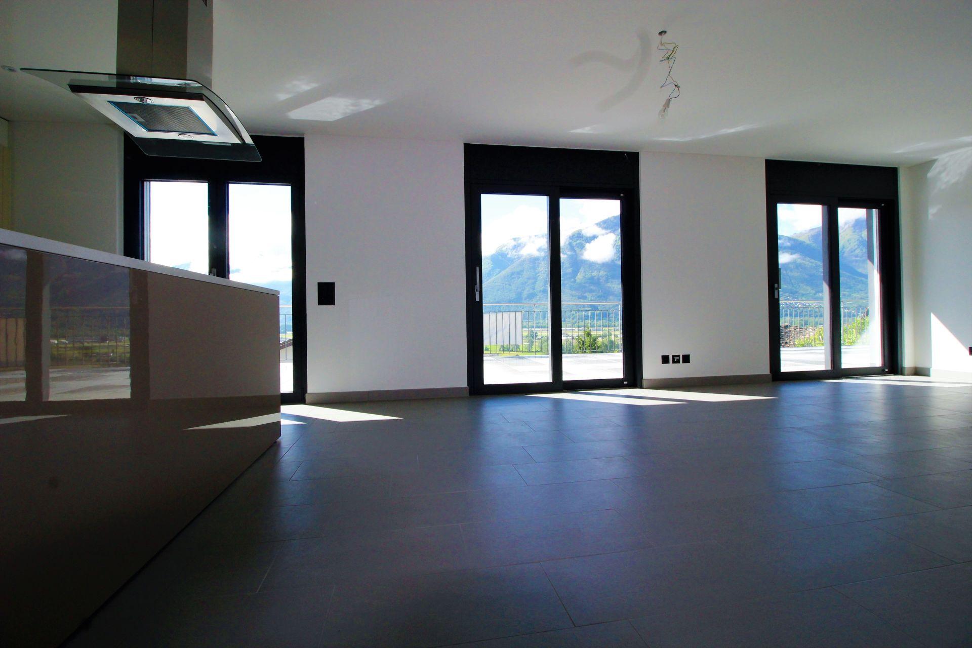 Appartamento nuovo con grande terrazza