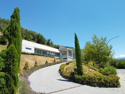 Villa Valais, Einfahrt